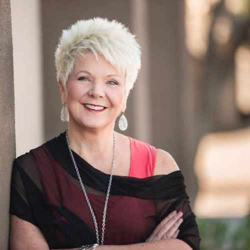 Easy and Sassy Short Spiky Hairstyles for Older Women to Get Youthful and Flattering Look 806b6ef69e3ba32d342ca661d2d2eb8c