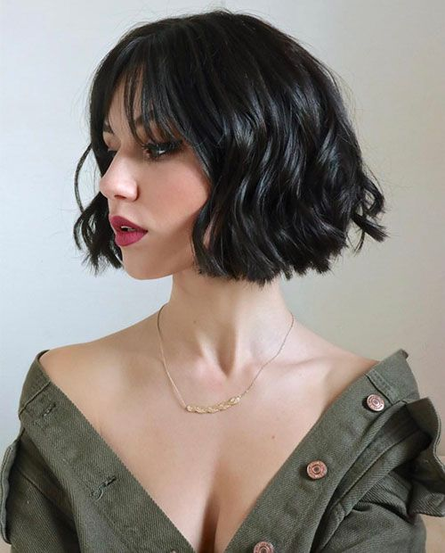 7 Most Stunning Short Wavy Hairstyles 411dc41d259e3fe13625502ade999267