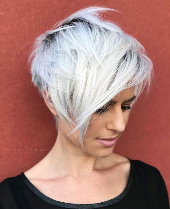 Stand-out Short Choppy Layered Hair