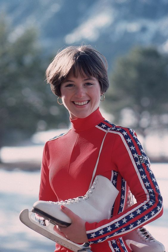 Dorothy Hamill Young Hairstyle