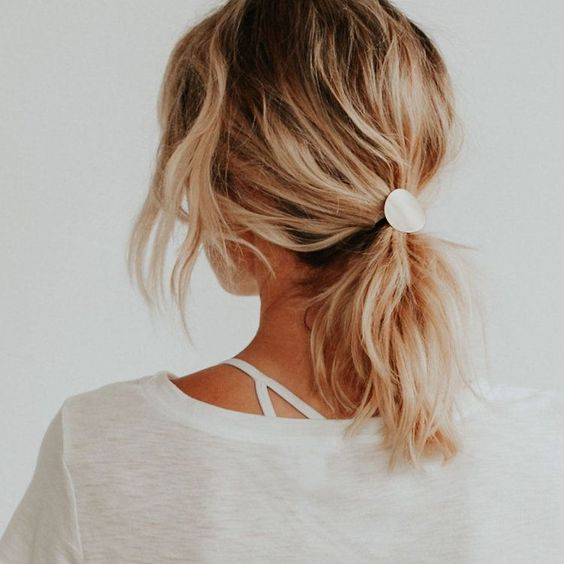 Voluminous Messy Ponytail