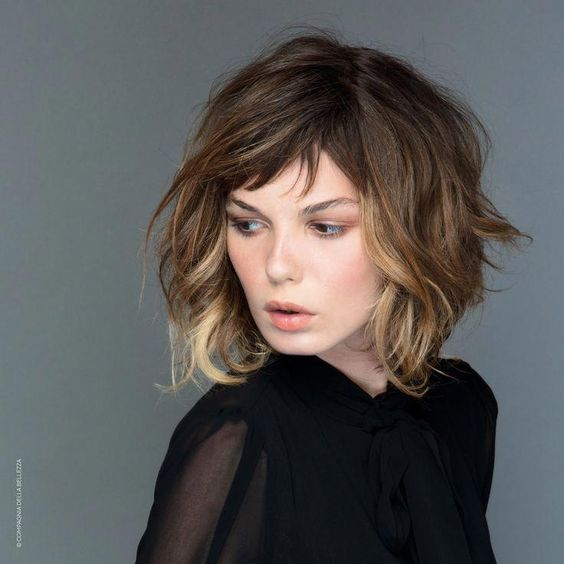 Wavy Bob Hairstyle with Side Bangs