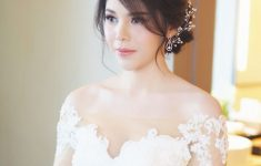 Asian Wedding Hairstyles to Make the Bride Look Flawless and Fabulous for the Big Day 2d4a065c7a5ca875e342f3501ca7c538-235x150