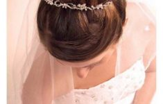 Asian Wedding Hairstyles to Make the Bride Look Flawless and Fabulous for the Big Day 46e15af353f48daa3685eb2e3d168c9d-235x150