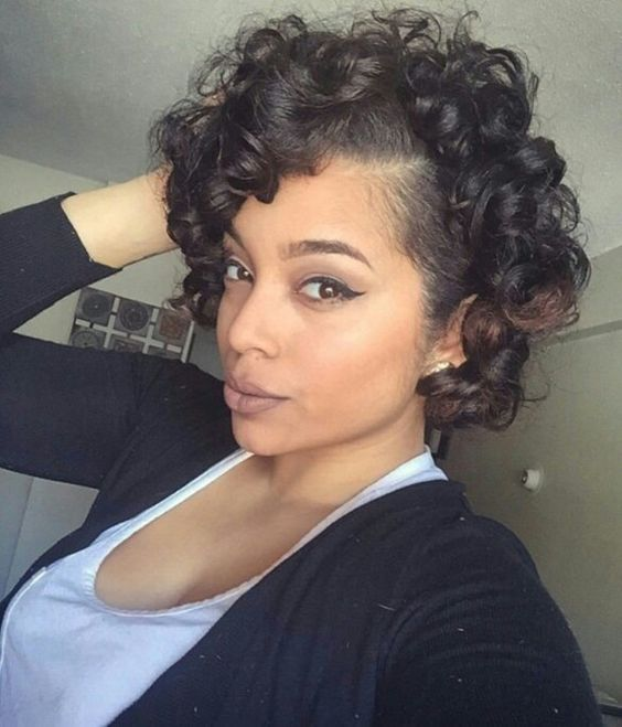 Short Ringlets Women Hairdo