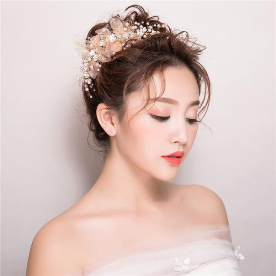 Asian Wedding Hairstyles to Make the Bride Look Flawless and Fabulous for the Big Day b78a7d867ae5c80e8d8443b5030498c3
