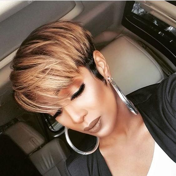 African American Short Hairstyles to Get the Perfect Style for Your Appearance b8583c2b3d4a16e65725325fc9317546