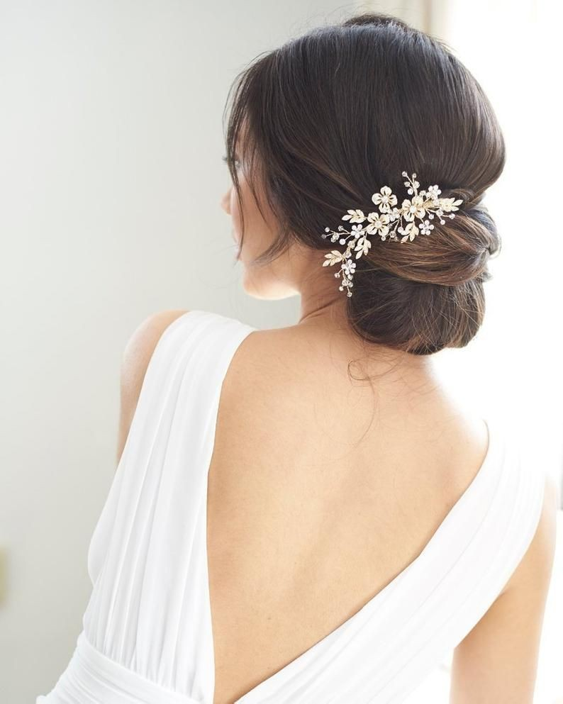 5 Top Wedding Hairstyles for Short Hair that Looks Perfect for Everyone 2f2f76cd7d6248194294f2f5319d9ed7