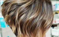 5 Gorgeous and Easy Short Wavy Hairstyles for Women that You Can't Miss f71056e2955aa7ace2605fea159ed737-235x150