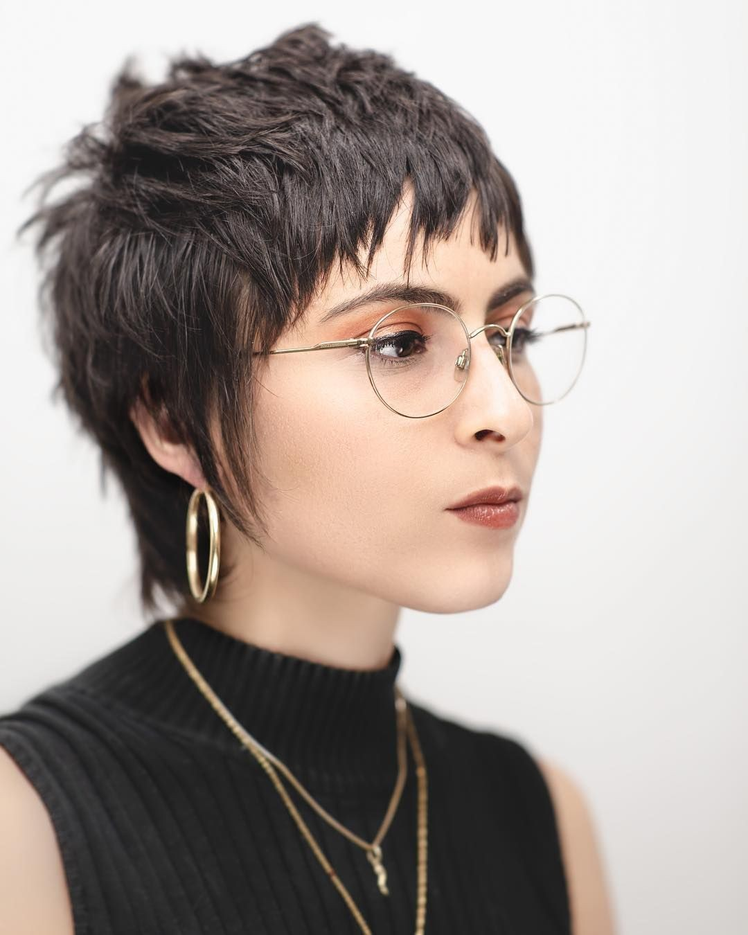 Neck-length Choppy Hairstyle