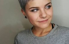 8 Stunning Women's Hairstyles for Gray Hair to Look Younger 149ce965c14d329edd17c1b351f26475-235x150