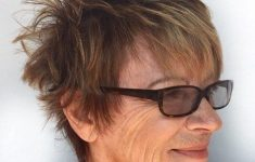 6 Short Spiky Haircuts for Older Women to Look Younger 18608dfe4f082825c70d3ef11d237da5-235x150