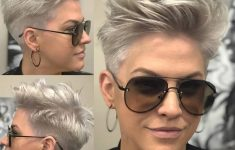 6 Different Hairstyles for Women with Glasses that Looks Perfect 1abf7e014bc1f79596bd90f62df7e5ec-235x150