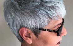 8 Stunning Women's Hairstyles for Gray Hair to Look Younger 2007363374aeb8a23335a6177065d88a-235x150