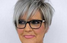 6 Short Spiky Haircuts for Older Women to Look Younger 2e52372f3a783c46f38b25ecbbb5b838-235x150
