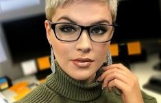 6 Different Hairstyles for Women with Glasses that Looks Perfect 4b820df26487dd21ef42c7bf7917a663-235x150