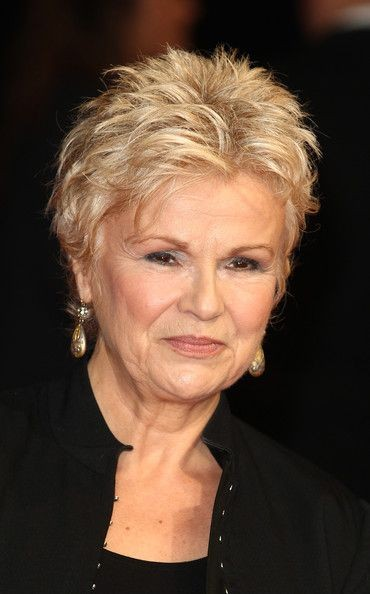 6 Short Spiky Haircuts for Older Women to Look Younger 6934cbcee12147ff257f85fabb1bcaf6