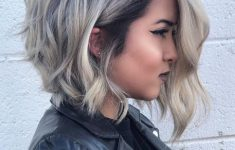 8 Stunning Women's Hairstyles for Gray Hair to Look Younger 9c7ee84e195405a5d58cbbfa4535f36e-235x150
