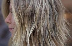6 Most Beautiful and Simple Medium Hairstyles for Thin Hair for Women fc4b72b006ea5b2a3e9a2ff0a059e6ea-235x150