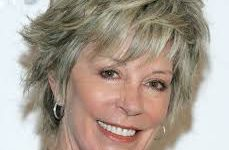 6 Youthful Shag Hairstyles for Women over 60 that Perfect for Any Occasion images-2-229x150