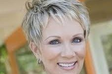 6 Youthful Shag Hairstyles for Women over 60 that Perfect for Any Occasion images-3-227x150