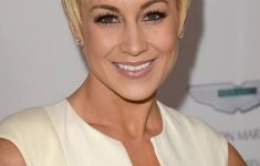 6 Youthful Shag Hairstyles for Women over 60 that Perfect for Any Occasion images-4-235x150