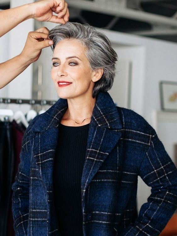 Wedge Hairstyle for Women Over 60 1