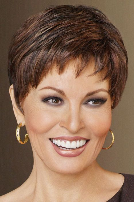 Recommended Short Hairstyles for 2020 that You Should Try short-layered-haircut-2