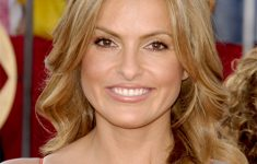 10 Mariska Hargitay Hairstyles that Looks Beautiful and Easy to Do