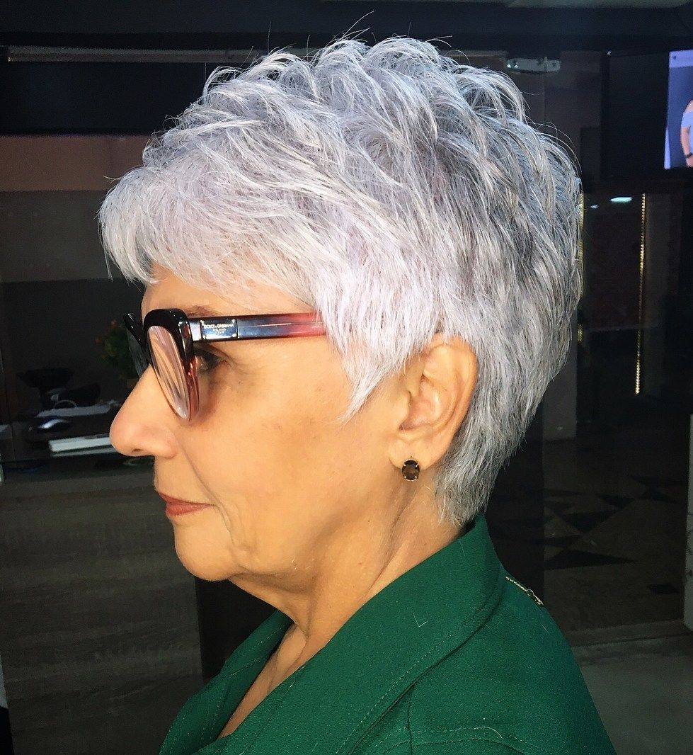 Feathered pixie haircut 3