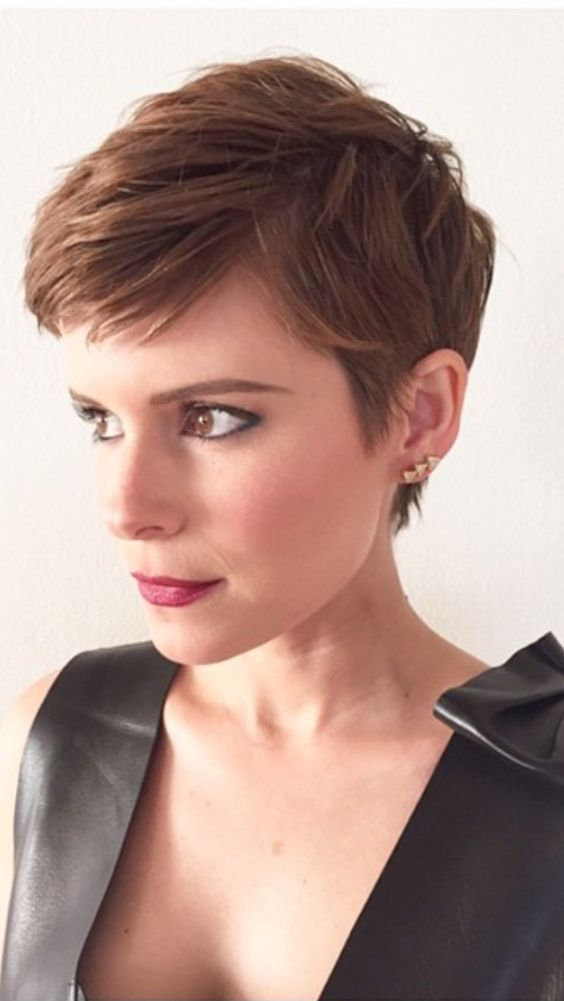 Types of Wedge Haircut Style that Perfect for 2020 and Beyond Pixie-wedge