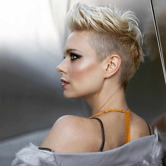40 Different Types of Short Spiky Haircuts that Look Awesome in 2020 Spiky-short-crew-haircut