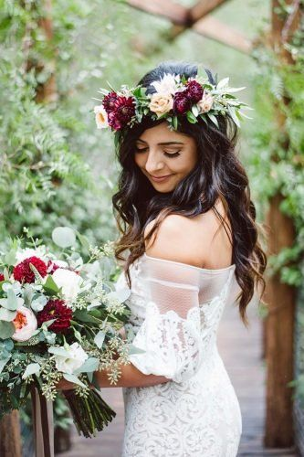 40 Different Types of Wedding Hairstyles that Look Gorgeous Wedding-hairstyles-with-flower-crown