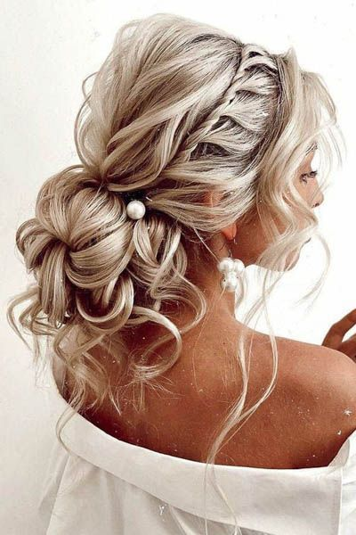40 Different Types of Wedding Hairstyles that Look Gorgeous Wedding-hairstyles-with-twist