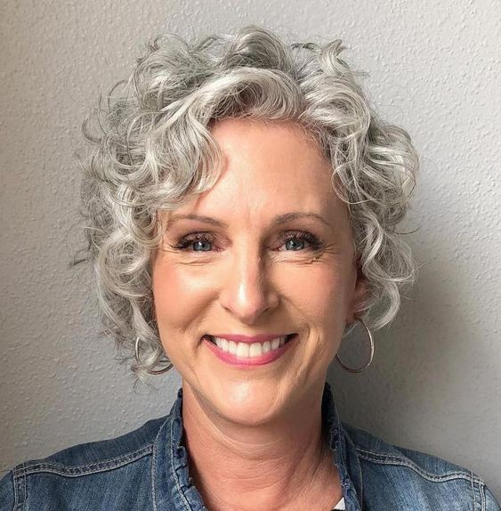 grey curly hairstyle 1