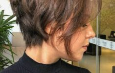 Types of Wedge Haircut Style that Perfect for 2020 and Beyond inverted-wedge-3-235x150
