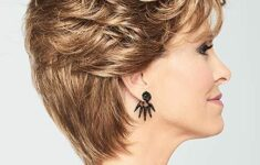Timeless Short Layered Haircuts that Gorgeous for Older Ladies in 2020 layered-short-curly-hairstyles-4-235x150