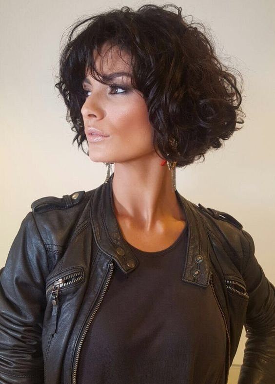 Appropriate Short Curly Hairstyles for Older Women in 2020 short-curly-bob-hairstyle-8