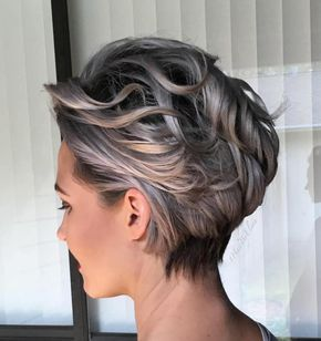 short curly wedge 6