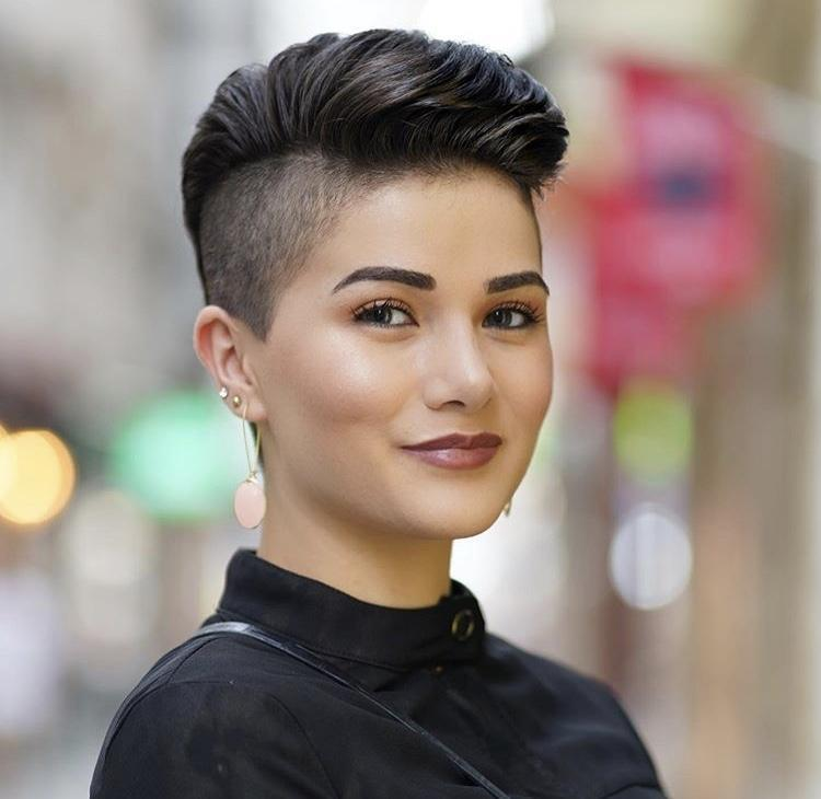 14 Asian Pixie Hairstyles that Looks Flattering b09377eb702dfc8ad255e95e574109d6