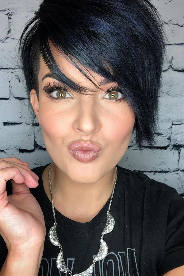 30 Types of Pixie Haircuts for Round Face 2a8dfa0ca45151f91f27f83fccc6576f