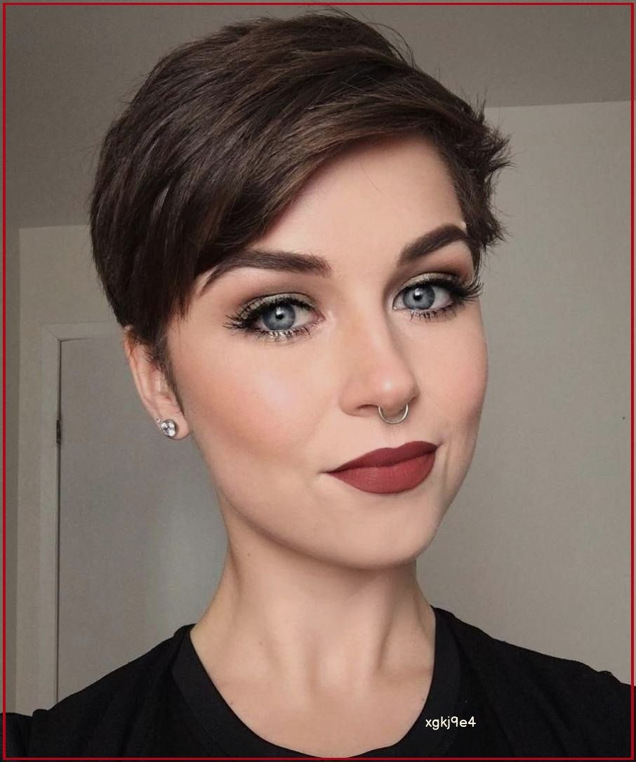 30 Types of Pixie Haircuts for Round Face 3bba082c45500e0cefc9efe8898d72f9