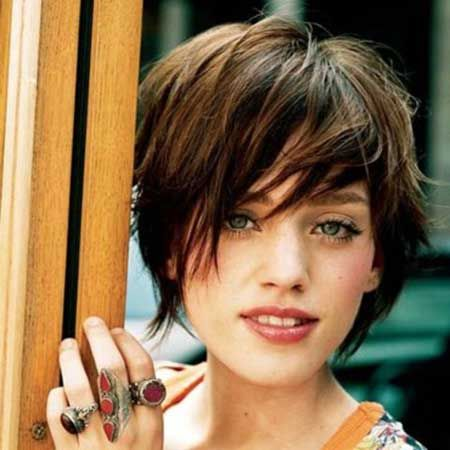 30 Types of Pixie Haircuts for Round Face 704d76951f7b7d8f4ae3f284e10c3ee7