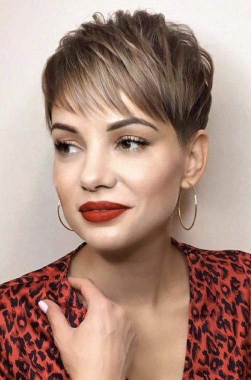 30 Types of Pixie Haircuts for Round Face 9fce3eaf6ead54e177a94e939b30616a
