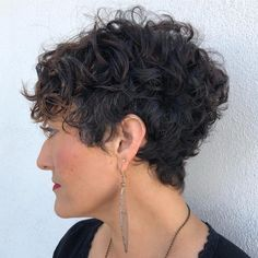 100 Short Haircut Styles for Over 50 Women in 2021 00bbbc06a114f8da74dd7eb6c4155d7b