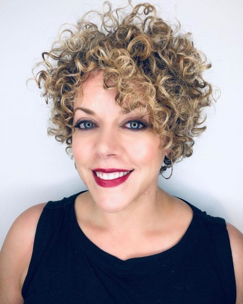 100 Short Haircut Styles for Over 50 Women in 2021 309bac0caf8b808fbcc4e52246e1ce68