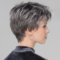 100 Short Haircut Styles for Over 50 Women in 2021 37c1ddbd1d2f10f09d398a563e110a62