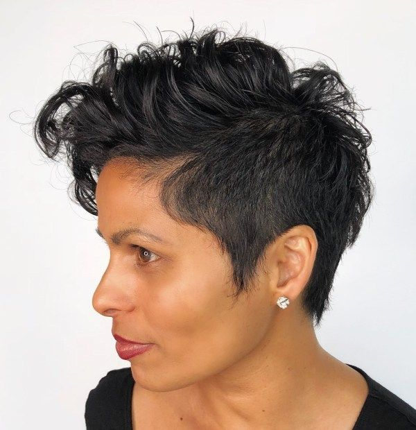 17 Tapered Pixie Haircut Styles for Women Over 50 in 2021 4d93bc9dc8d30fac2753d51c68b8a026