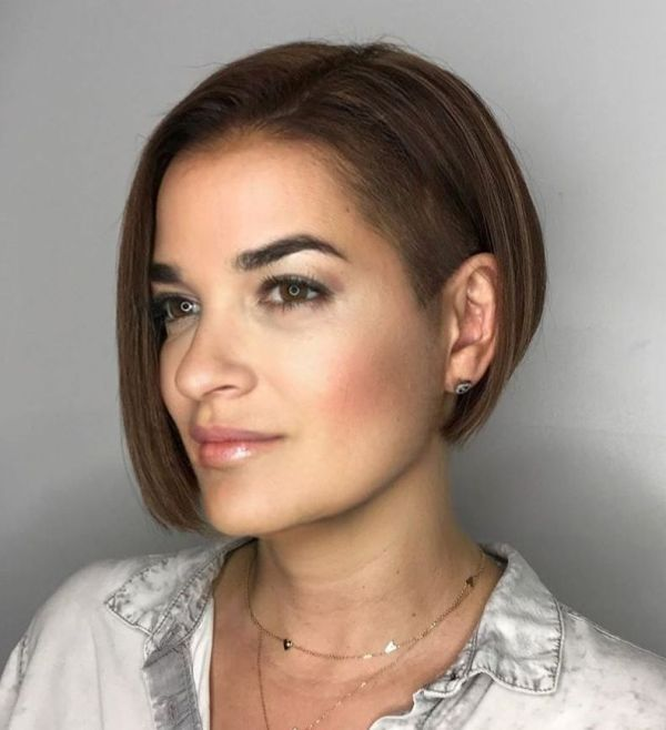 100 Short Haircut Styles for Over 50 Women in 2021 8faa100718369a00c302a6367ff7752b
