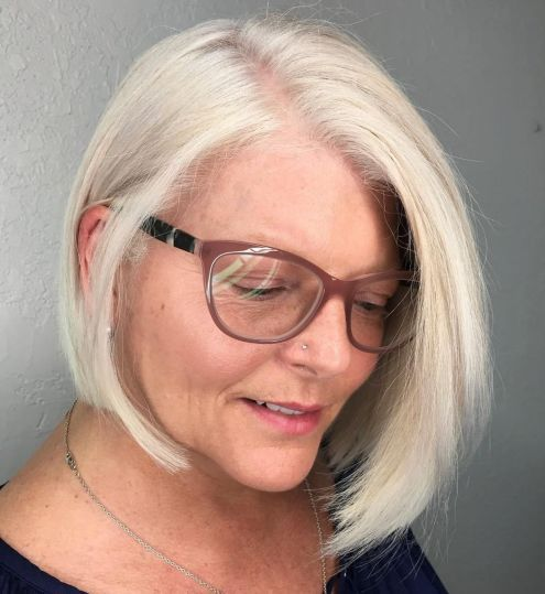 56 Short Hairstyles for Women Over 60 with Glasses (Updated 2021) b683c279de8b187b2b88cad4bce32907